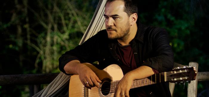 Bronca por Cataluña entre los asistentes a un concierto de Ismael Serrano