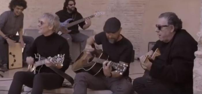 Carlos Goñi guía a Ariel Rot por la Valencia musical