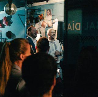 Un centenar de amigos para celebrar Nos vimos en los bares: fotos y crónica