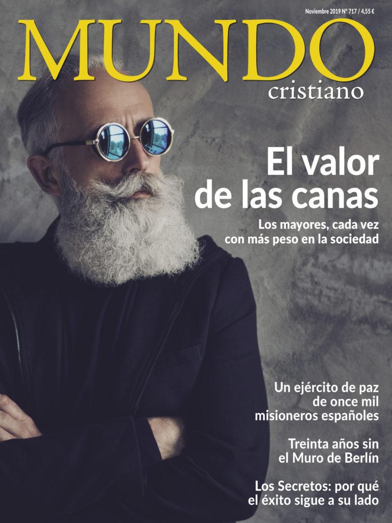 Portada de noviembre de Mundo Cristiano con el reportaje sobre Enrique Urquijo.