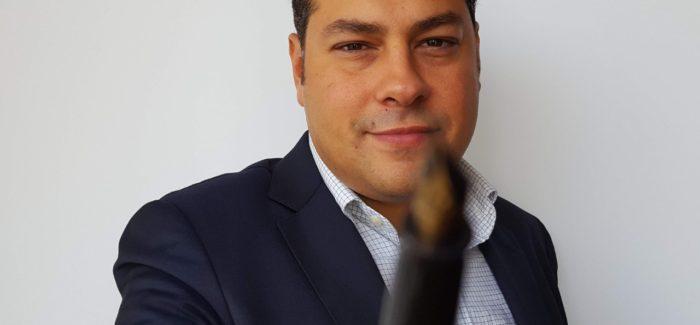Itxu Díaz: «El optimismo militante no te hace más feliz, solo más gilipollas»